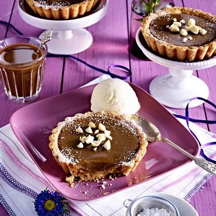 Macadamia-Tartelettes mit Karamellcreme Rezept