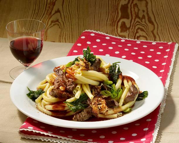 Maccaroni mit Steakstreifen Rezept
