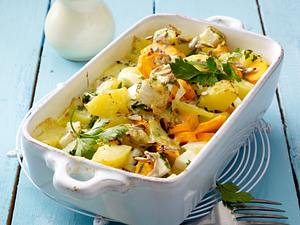 Mairübchen-Kartoffelauflauf mit Möhren in Käsesoße Rezept