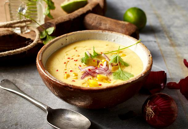 Mais-Gazpacho mit roter Zwiebel Rezept
