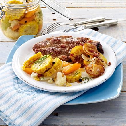 Mais-Mixed-Pickles zu Nackenkoteletts und Bratkartoffeln Rezept