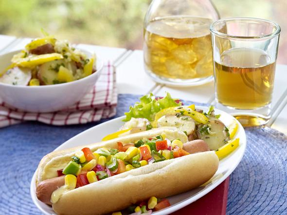 Mais-Relish Hot Dogs Rezept