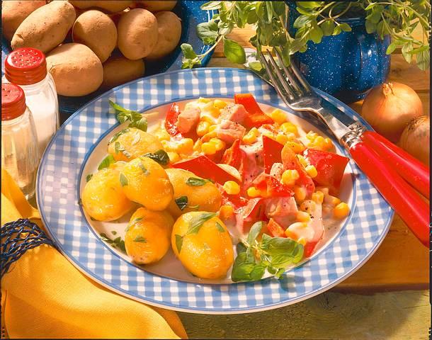 Majoran-Kartoffeln mit Paprikagemüse Rezept