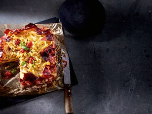 Makkaroni-Torte alla carbonara Rezept