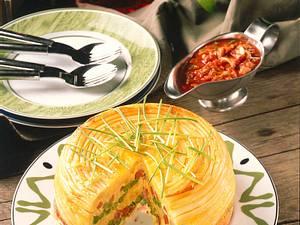 Makkaroniauflauf mit Tomaten-Champignonsoße Rezept