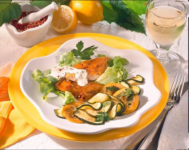 Makrelenfilet mit mariniertem Gemüse Rezept