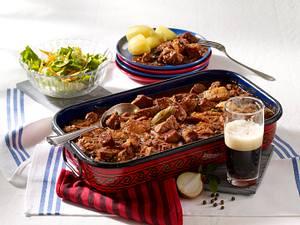 Malzbier-Gulasch mit Kartoffeln Rezept