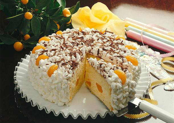 Mandarinen-Baisertorte Rezept