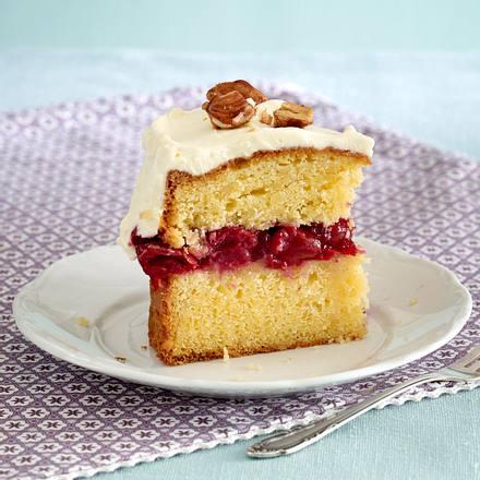 Mandel-Kirsch-Torte mit Frischkäse-Frosting Rezept