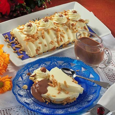 Mandelpudding mit Schokoladensoße Rezept