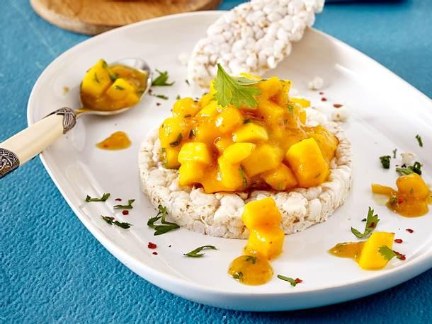 Mango-Chutney auf Reiswaffeln Rezept