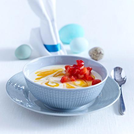 Mango-Vanillerahm-Töpfchen mit Erdbeersalat Rezept