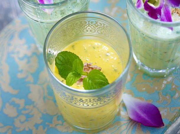 Mangolassi mit Hafermilch und Joghurt Rezept