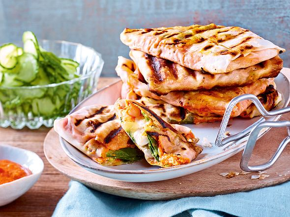 Vegetarisch grillen - Gemüse und Käse vom Rost | LECKER