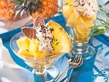 Marinierte Ananas mit Mokka-Sahne Rezept