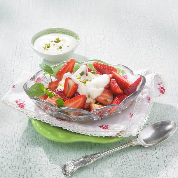 Marinierte Erdbeeren mit Grieß Rezept
