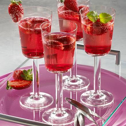 Marinierte Erdbeeren mit Prosecco Rezept