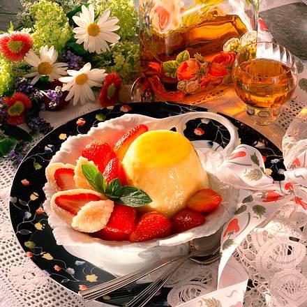 Marinierte Erdbeeren zu Grießpudding Rezept