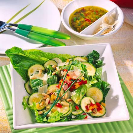 Marinierte Zucchini mit Parmesan Rezept