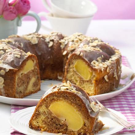 Marmor-Nusskuchen mit Äpfeln Rezept