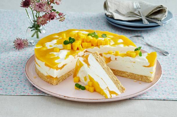 Marmorierte Mango-Joghurt-Torte Rezept