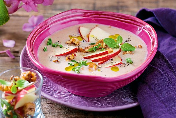 Maronensuppe mit Majorancrunch Rezept