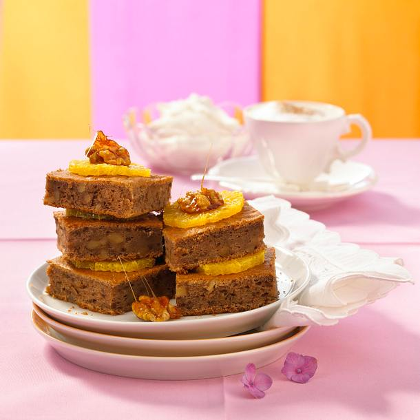 Marroni-Blechkuchen mit Walnüssen Rezept