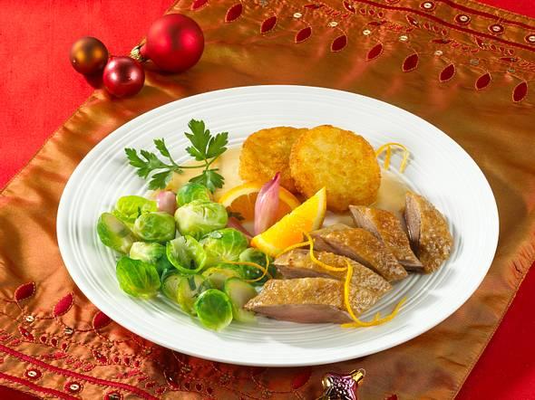 Martinsgans mit Rosenkohl und Kartoffeltalern Rezept