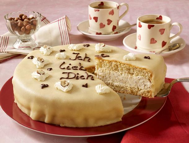 marzipan nusstorte zum valentinstag rezept chefkoch rezepte auf kochen backen und. Black Bedroom Furniture Sets. Home Design Ideas