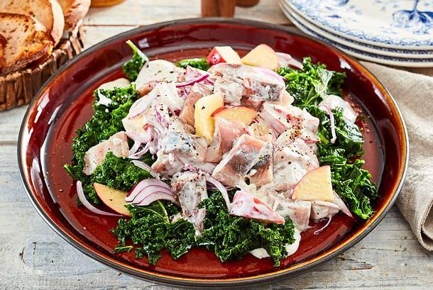 Matjessalat für Fischköppe auf Grünkohl Rezept