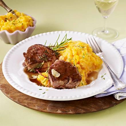 Medaillons zu Möhren-Kartoffel-Püree Rezept
