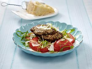 Mediterrane Frikadellen mit Tomatensalat (Schlank im Schlaf) Rezept
