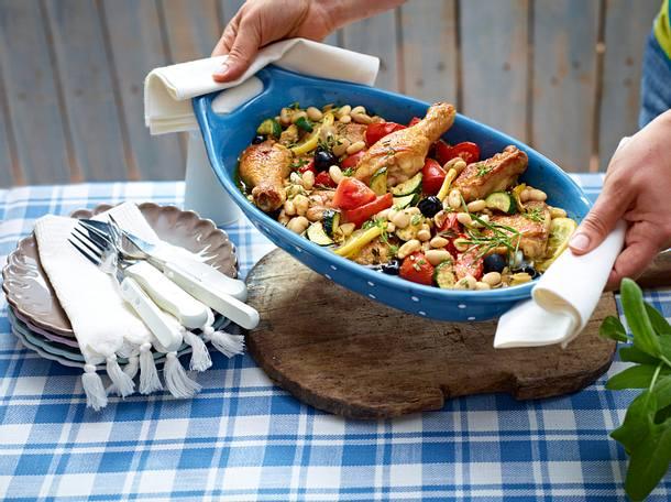 Mediterranes Ofenhähnchen mit weißen Bohnen Rezept