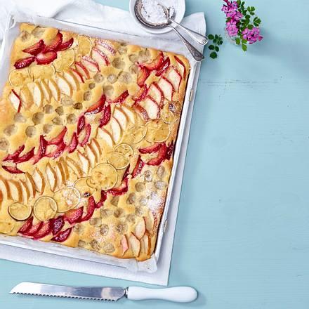 Mehrfruchtkuchen vom Blech Rezept