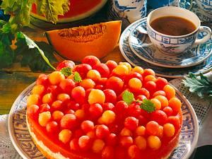 Melonen-Kokos-Torte (Fruchtschicht mit Tortenguss-Pulver) Rezept