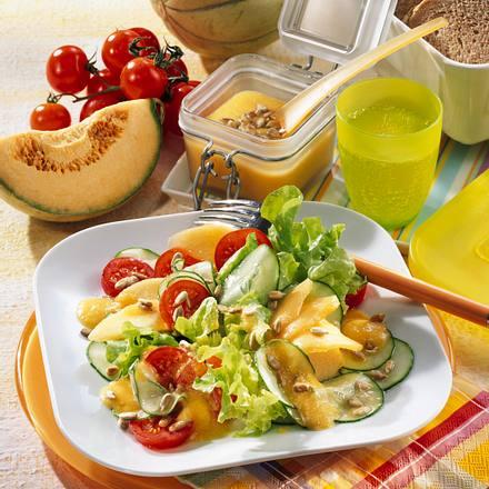 Melonen-Tomaten-Gurkensalat Rezept