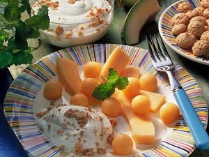 Melonensalat mit Joghurt Rezept