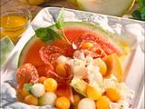 Melonensalat mit Salami und Käse Rezept