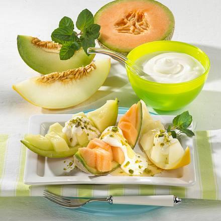 Melonenschiffchen mit Joghurt & Honig Rezept