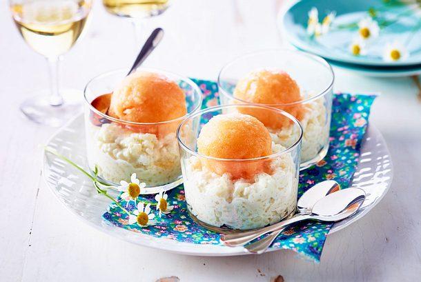 Melonensorbet auf Honigmilchreis Rezept