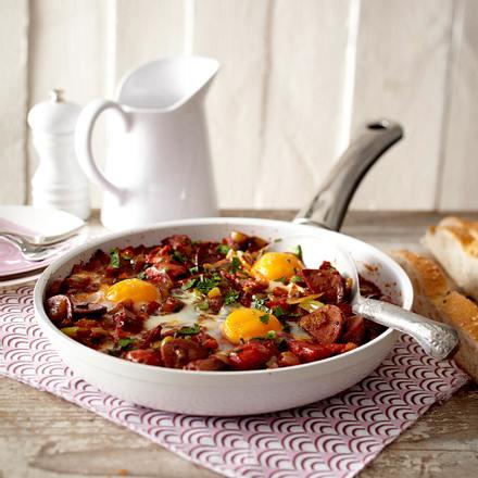 Menemen (Eier in Paprika-Tomaten-Soße) Rezept