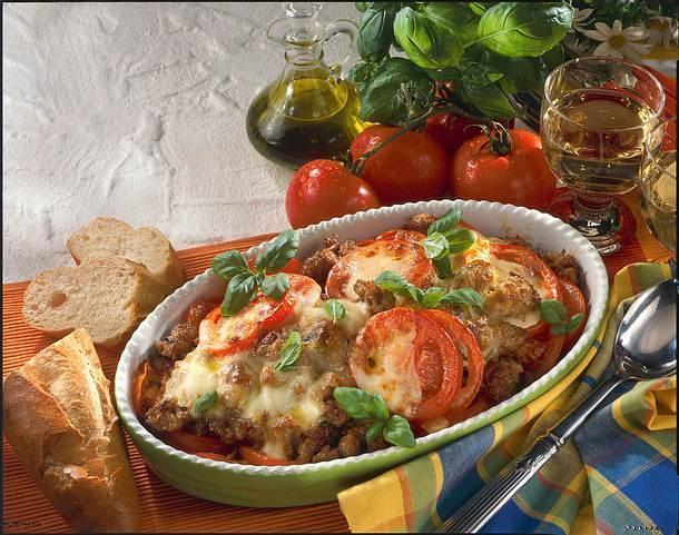 Mett-Gratin mit Tomaten und Mozzarella Rezept