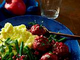 Mettbällchen in Granatapfelsoße Rezept