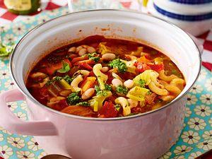 Minestrone mit Mandel-Basilikum-Pesto Rezept