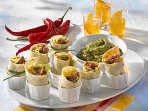 Mini-Enchiladas mit Guacamole (mit stückigen Tomaten) Rezept