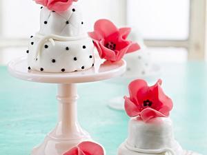 Mini-Hochzeitstorten Rezept