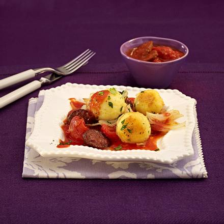 Mini-Knödel in Tomaten-Sherry-Soße Rezept