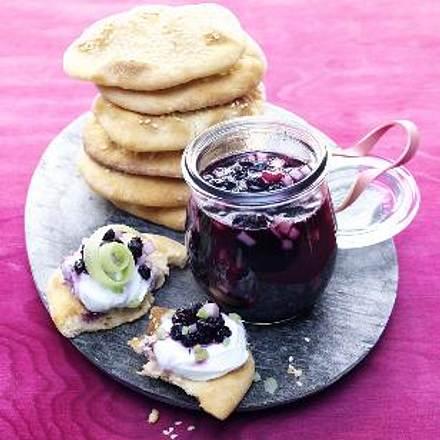 Mini-Naans mit Blaubeer-Birnen-Marmelade Rezept