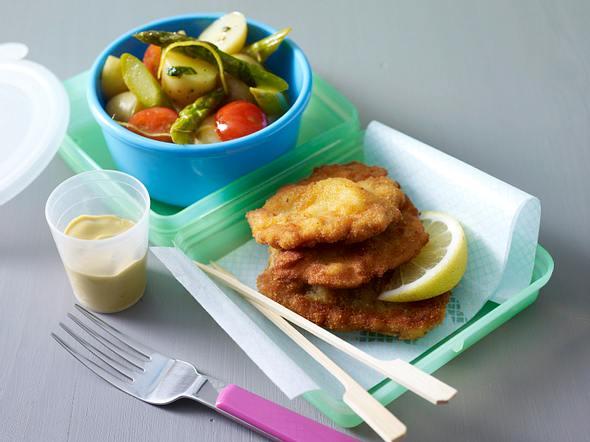Mini Wiener Schnitzel mit Spargel-Kartoffelsalat Rezept