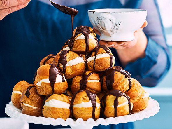 "Mini-Windbeutel ""Monte Bianco"" mit Espresso-Guss Rezept"